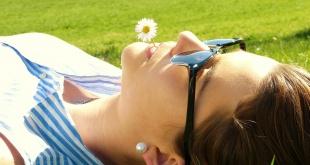Vermijd fototoxiciteit door de combinatie van zon en geneesmiddelen.